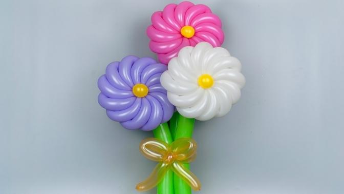 Букет изшаров ввиде ромашек, сердец или цветов