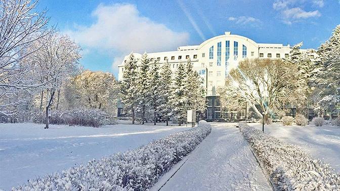 Отдых напобережье Финского залива вномере категории стандарт спитанием, посещением банного комплекса итренажерного зала вSPA-отеле «Аквамарин»