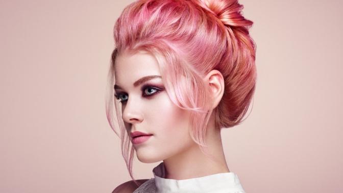 Модельная стрижка, укладка, окрашивание или восстановление волос вбутике красоты «Дефиле»