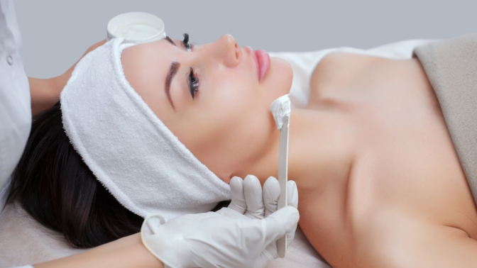 Процедуры чистки лица, всесезонный пилинг или RF-лифтинг лица всалоне «ЭкоСтиль»