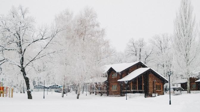 Отдых наберегу Волги с3-разовым питанием, посещением бассейна, термальной зоны, спортивных площадок, игрой нааттракционах впарк-отеле «Васильевский»