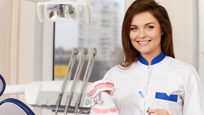 Комплексная гигиена полости рта, лечение кариеса иустановка пломбы в«Стоматологии доктора Поспелова»