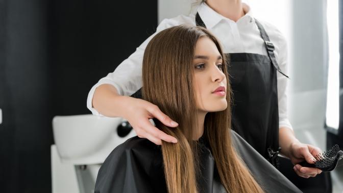 Стрижка, укладка, окрашивание, мелирование, выпрямление ивосстановление волос, процедура «SPA-кератин» или Botox всалоне Queen's Lab