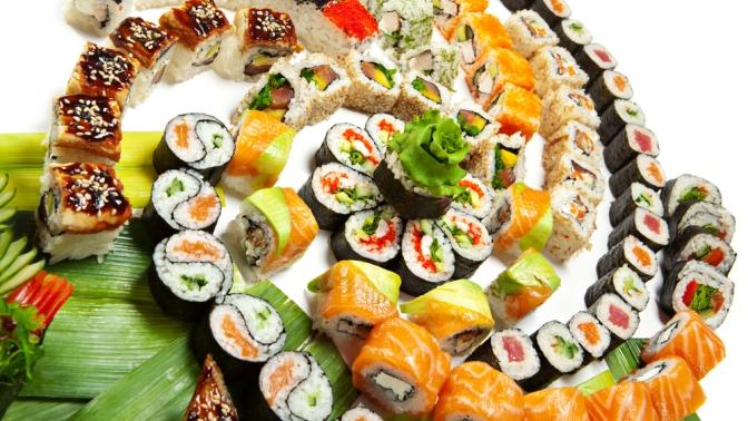 Доставка всех сетов изнового меню всети суши-баров «Тунец» соскидкой50%