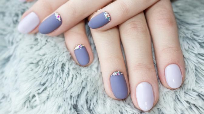Маникюр ипедикюр спокрытием гель-лаком идизайном ногтей всалоне красоты Nail Studio byLiana Kasparova