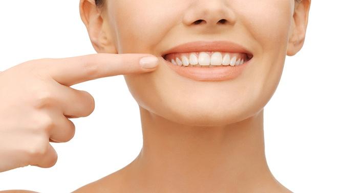 Процедура косметического отбеливания зубов отстудии White &Smile Kaliningrad