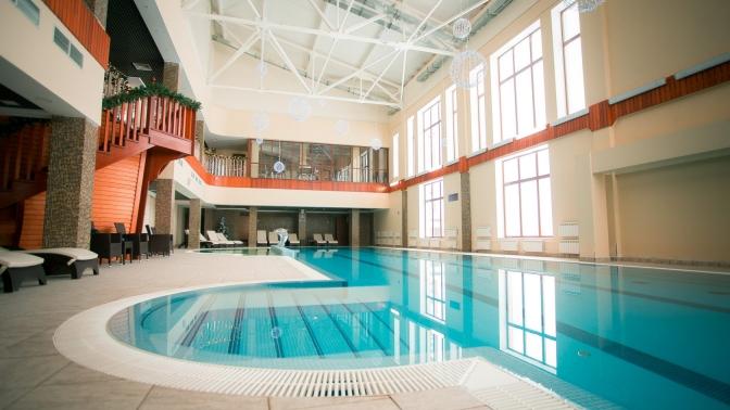 Отдых спроживанием вномере выбранной категории, 3-разовым питанием ипосещением бассейна впарк-отеле «Лазурный берег наОке»