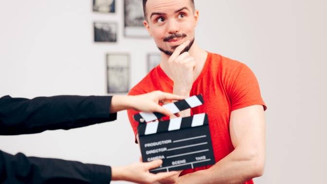 Онлайн-марафон «Говорим красиво ичетко» или онлайн-курс «Актерское мастерство» отТеатра современной драматургии