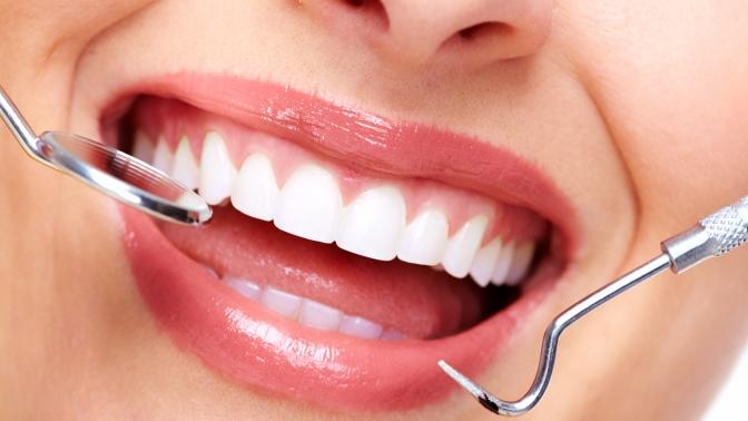 Ультразвуковая чистка, чистка AirFlow, полировка ифторирование зубов встоматологии «Доктор Дент»