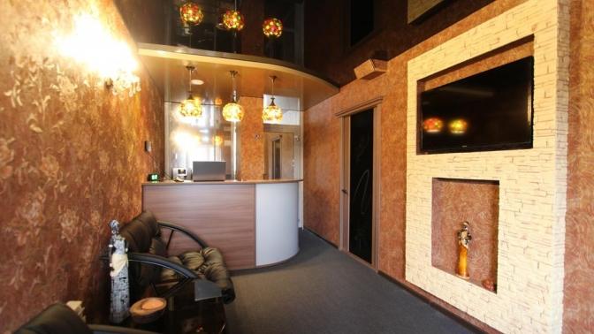Романтический отдых вапартаментах сзавтраком ибезлимитным посещением сауны либо без вотеле Gall &Anna