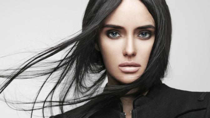 Мужская или женская стрижка, укладка, кератиновое восстановление, SPA-процедуры, экранирование, окрашивание волос встудии красоты Fantasia