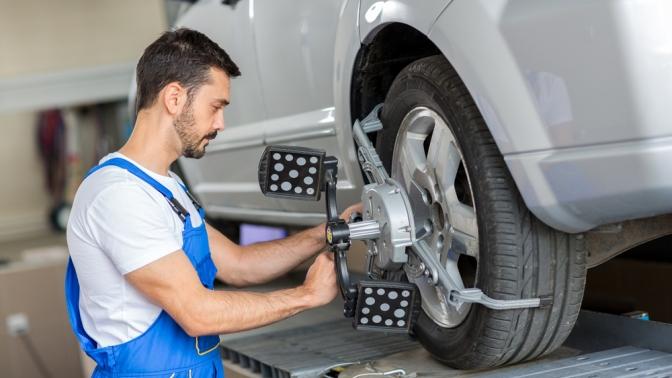Диагностика или регулировка развала-схождения двух осей легкового автомобиля отавтосервиса «Пеликан»