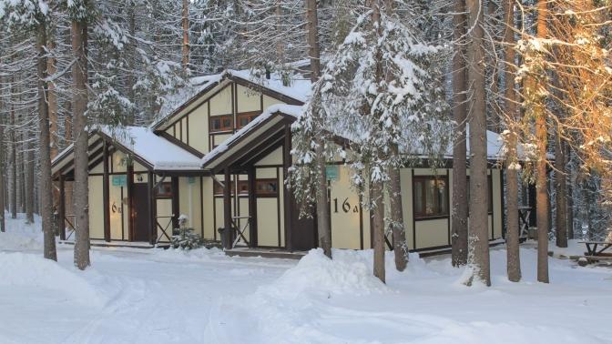 Отдых вномере мини-отеля, бунгало или дуплексе набазе отдыха «Ильичево»