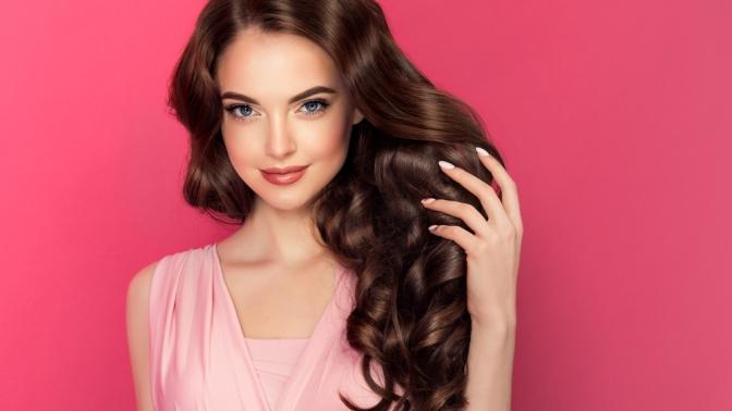 Стрижка, окрашивание волос всалоне красоты «Оникс»