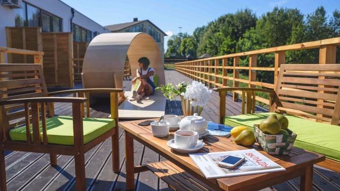 Отдых натерритории ГК«Квань» сзавтраком посистеме «шведский стол» ипосещением SPA-комплекса вотеле «СКРоял Отель Калуга»