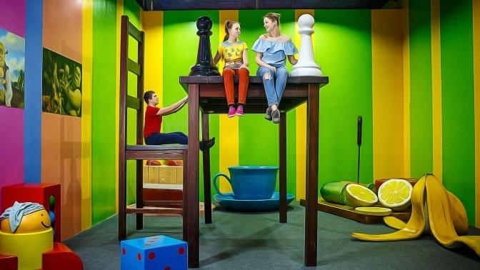 Посещение ленточного лабиринта или всех площадок для детей от«Музея впечатлений»