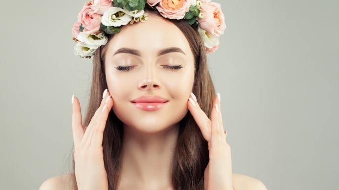 До10сеансов карбонового пилинга или карбокситерапии встудии красоты «Подружки»