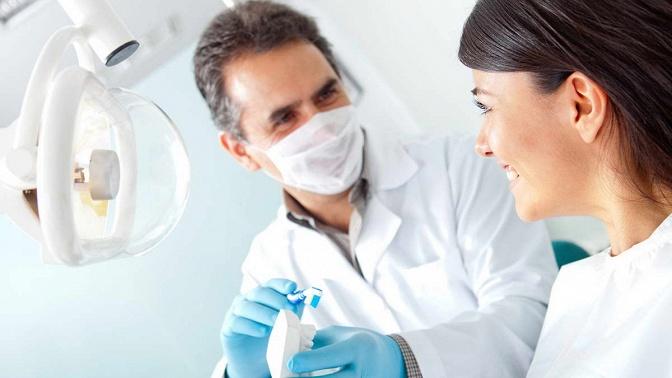 Профессиональная гигиена полости рта вклинике «Карамель &Co»