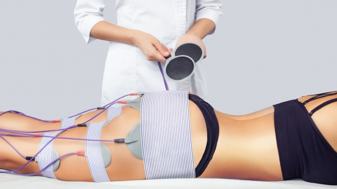 До10сеансов прессотерапии, миостимуляции, вакуумно-роликового массажа, комплекса «Коррекция фигуры» всалоне «Бриллиант»