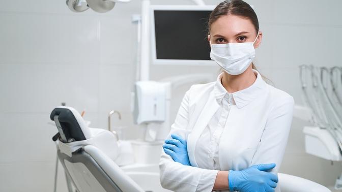 УЗ-чистка зубов сполировкой, фторированием либо отбеливание встоматологической клинике «Эмидент-люкс»