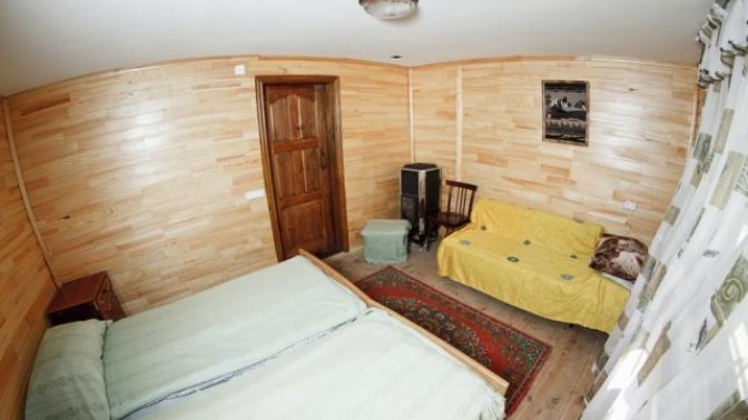 Отдых вГорном Алтае спосещением бани, фитобочки, пользованием мангалом набазе здоровья иотдыха «Чечек»