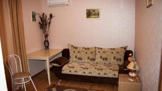 Отдых вномере категории стандарт вгостевом доме «Сергеевский» наул. Краснодонцев