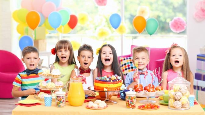 Онлайн-поздравления слюбым праздником оттеатра праздников «Динк»