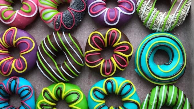Пончики сначинкой или вглазури откомпании «Пончик &Кофе»
