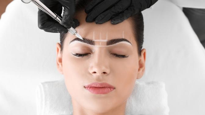 Перманентный макияж губ, век или бровей встудии красоты BeautyLand