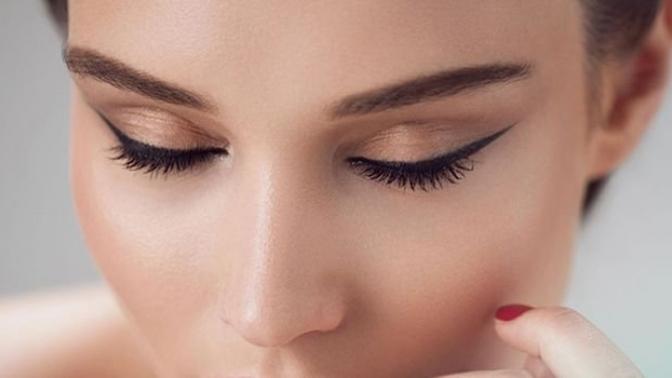 Перманентный макияж бровей, губ или век всалоне красоты Lola-Salon