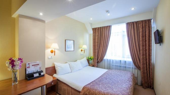 Отдых вценте Санкт-Петербурга сзавтраками, посещением бассейна, фитнес-центра исауны вбизнес-отеле Marmara