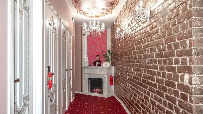 Отдых вцентре Санкт-Петербурга вномере категории стандарт, полулюкс или романтический пакет сзавтраком вапартаментах «Гранд наКронверкском»