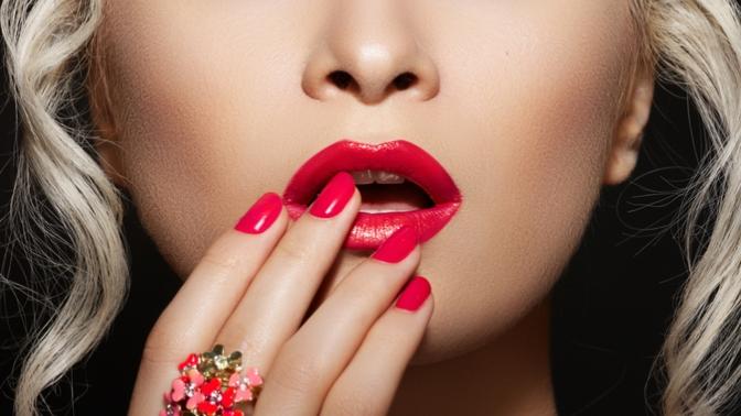 Маникюр ипедикюр спокрытием гель-лаком ивыравниванием ногтевой пластины отстудии эстетики лица итела «Милена»