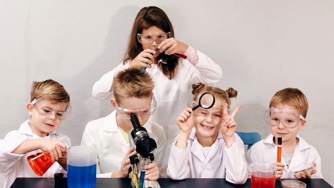 Детские развивающие курсы вшколе экспериментов Nauka Club