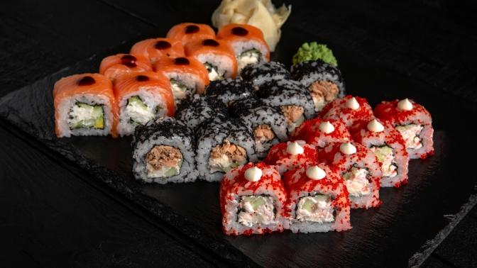 Сеты, фирменные роллы, горячие роллы, супы, китайская лапша Wok, закуски, горячие блюда отслужбы доставки Sushi for You соскидкой50%