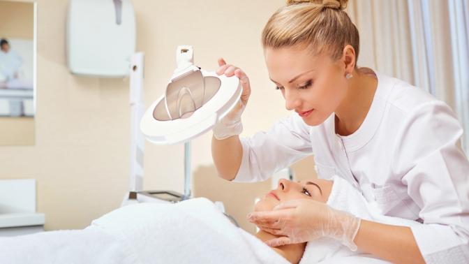 Ультразвуковая, механическая или комбинированная чистка, пилинг, массаж иRF-лифтинг лица встудии красоты Vobraze