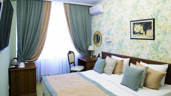 Отдых вапартаментах или номере категории стандарт, студия либо люкс сзавтраками посистеме «шведский стол» вотеле Alex Residence