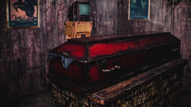 Участие вквест-игре «Дневники вампира» откомпании 10Keys