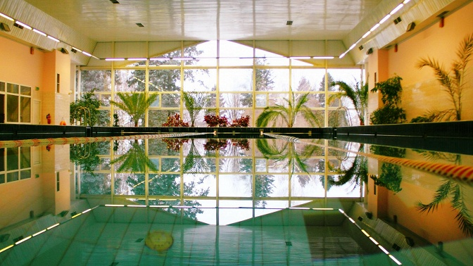 Отдых стрехразовым питанием, посещением бассейна, тренажерного зала иразвлечениями воздоровительном комплексе «Клязьма» при УДП РФ