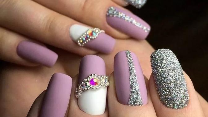 Маникюр ипедикюр спокрытием идизайн двух ногтей вподарок всалоне красоты Millop Beauty