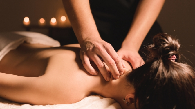 1, 3или 5сеансов общего массажа спины, антицеллюлитного либо лимфодренажного массажа вмедицинском центре «Доктор Борменталь»