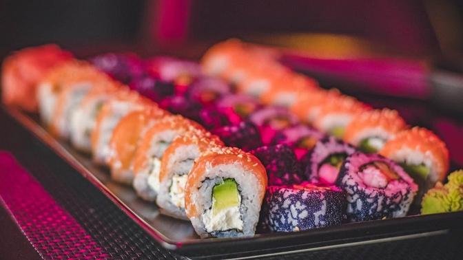 Суши-сеты отресторана доставки Sushi Land соскидкой50%