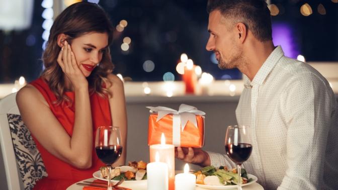 Романтический ужин при свечах вресторане «Гюльчатай» (1830руб. вместо 3660руб.)