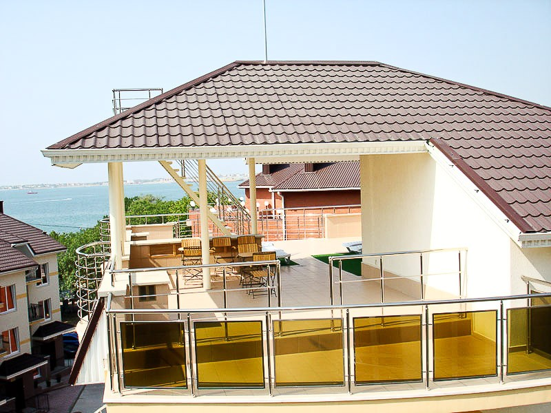 Веранда на крыше летней кухни! п.