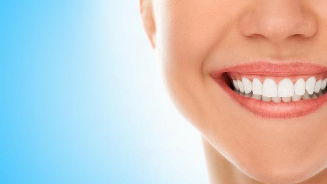 Комплексная гигиена полости рта, лечение кариеса сустановкой пломбы, удаление или эстетическая реставрация зубов встоматологии Dental Clinic