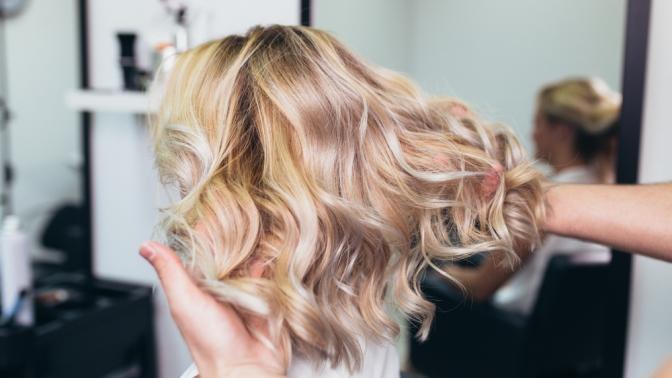 Женская или мужская стрижка, окрашивание иламинирование волос впарикмахерской «Персона»