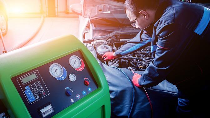 Заправка автомобильного кондиционера вавтосервисе «Чистая машина» (864руб. вместо 1800руб.)