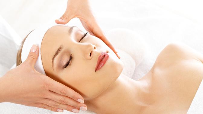 Ультразвуковая, атравматическая или комбинированная чистка лица, классический или скульптурный массаж лица, пилинг встудии косметологии Light Skin