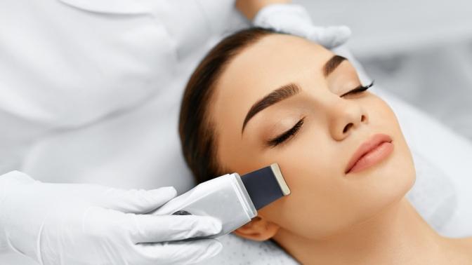 УЗ-чистка лица, карбокситерапия, химический пилинг или RF-лифтинг вкабинете «Идилия»
