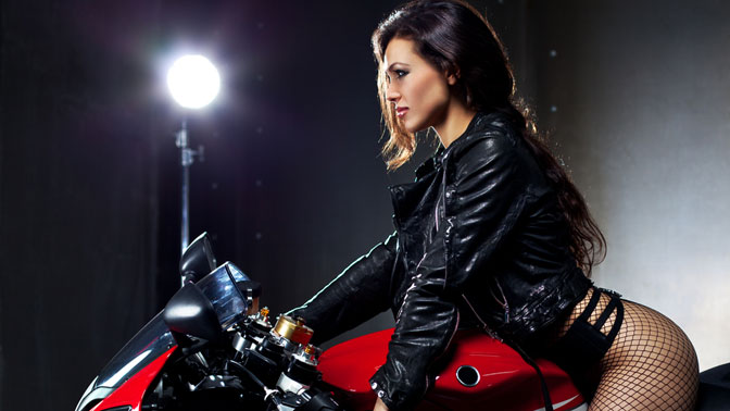 Фотосессия на мотоцикле москва резюме на работу для девушки образец
